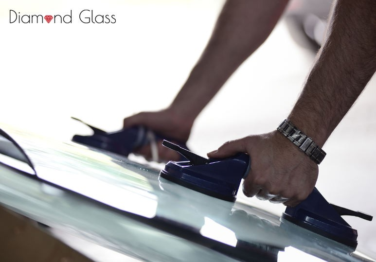 Your Auto-Glass Options for a Windshield Replacement